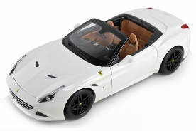 Bburago Signature Ferrari California T (open top) White