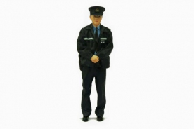 Tiny 1/18 Resin Figure - Police in Winter Uniform (10cm)